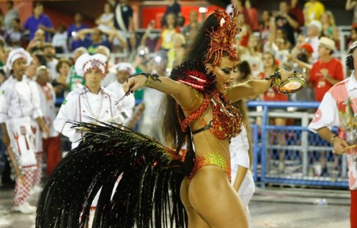Viviane Araújo 3