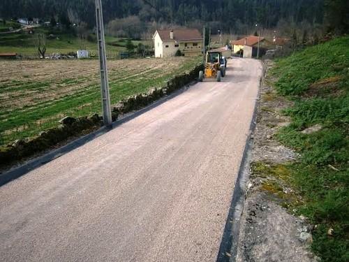 Padornelo obras de pavimentação da Rua da Chão