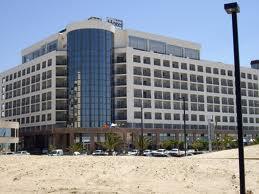 Hotel Costa Caparica 01.png