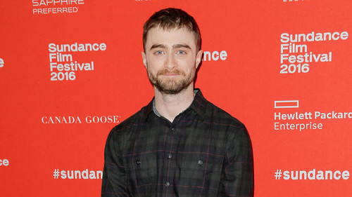 theater-goers-walk-out-of-daniel-radcliffe-s-swiss