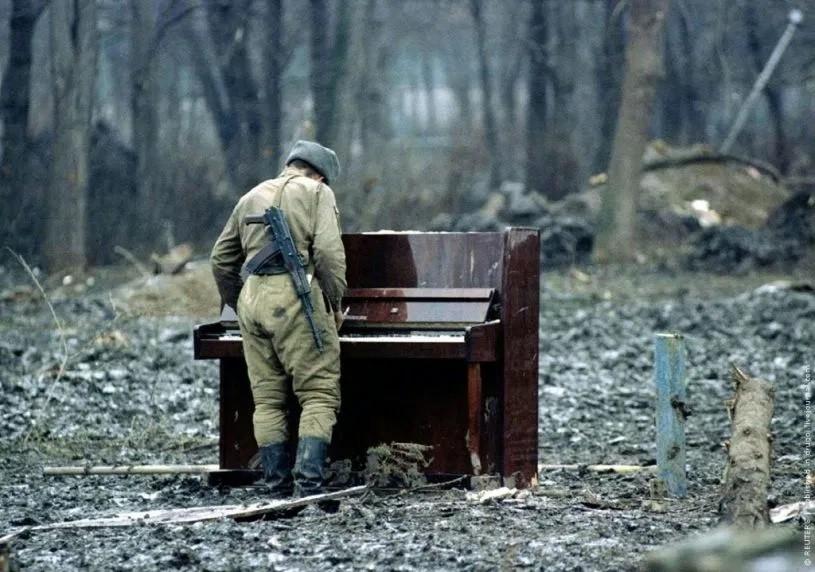 Russian-Soldier-Chechnya.jpg