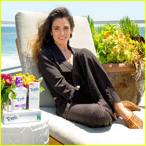 nikki-reed-discusses-health-wellness-at-toms-of-ma