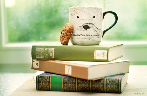 books__coffee_and_a_cookie_by_kleinerklemmkeil-d3j