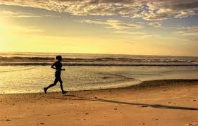 corrida na praia.jpg
