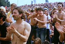 220px-Woodstock_redmond_crowd.jpg