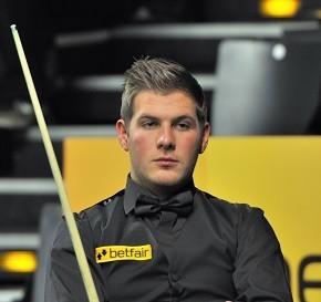 Daniel_Wells_at_Snooker_German_Masters_(DerHexer)_