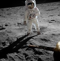 Aldrin_Apollo_11_original.jpg