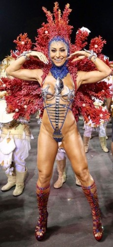 Sabrina Sato (Carnaval S.Paulo 2018).jpg