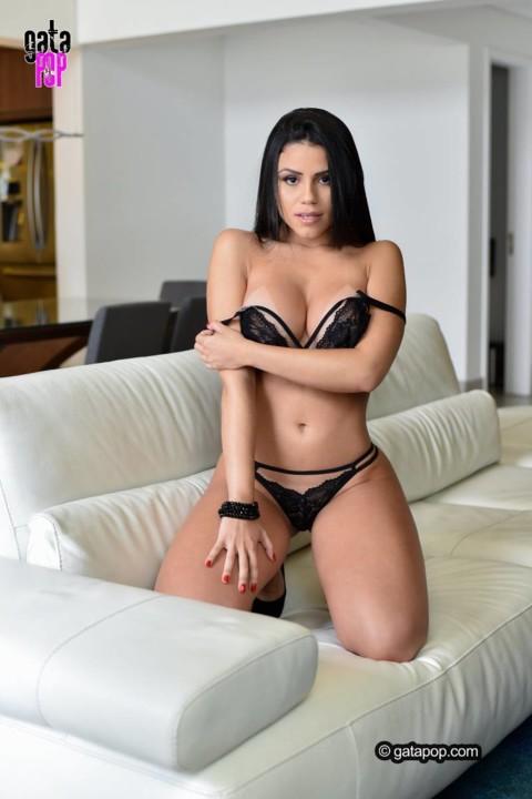 Thalita Carvalho 4.jpg