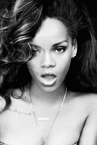 3.ª Rihanna