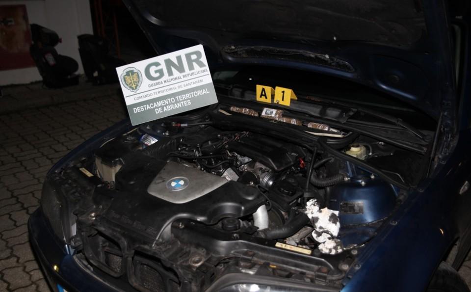GNR Santarém - Apreensão 1.jpg