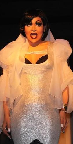 madeira drag queen.jpg