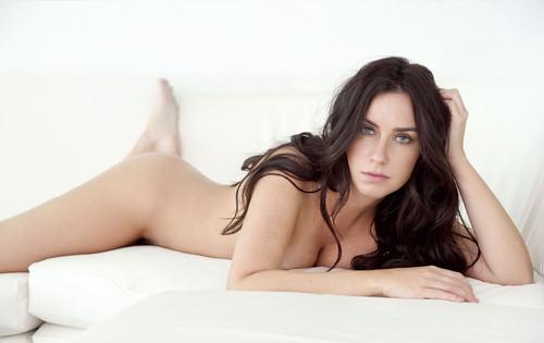 Larissa Erthal 7
