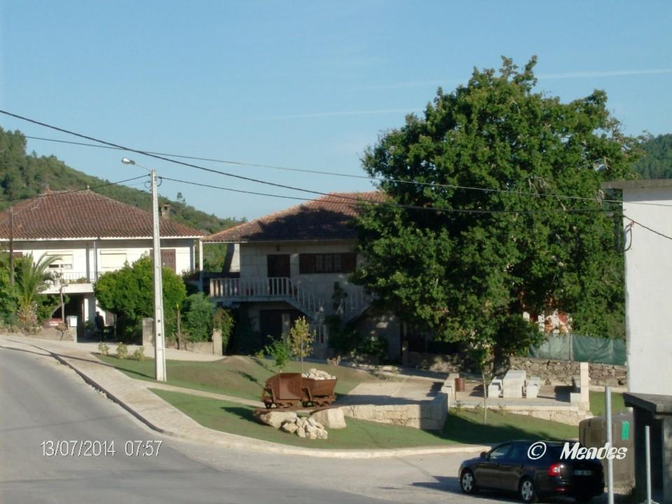 Vila de Cerva - Memorial ao Mineiro