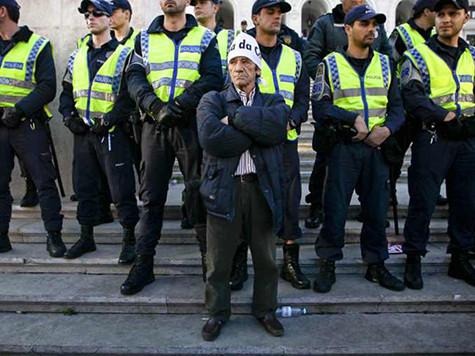 PoliciaVigilia.jpg