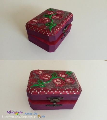 Caixa púrpura.jpg