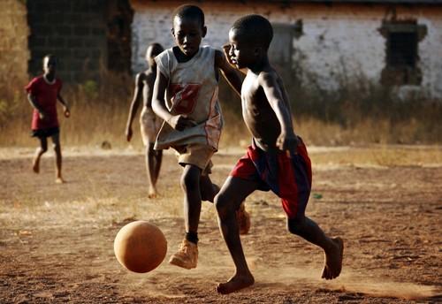 futebol de rua.jpg