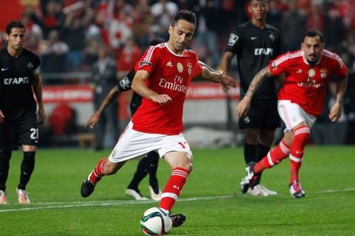 Benfica_Académica_Jonas1.jpg