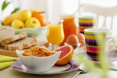 0 pequeno almoço artworks.jpg