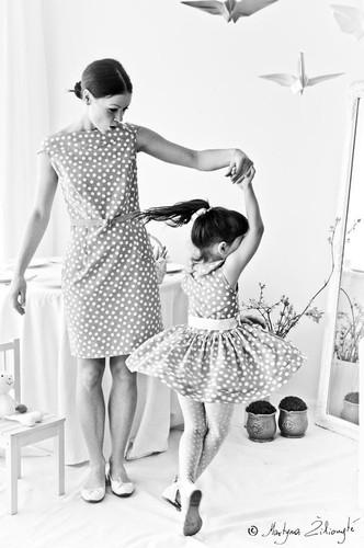 foto dançar com filha.jpg