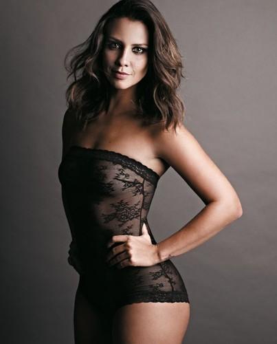 Camila Rodrigues (atriz)