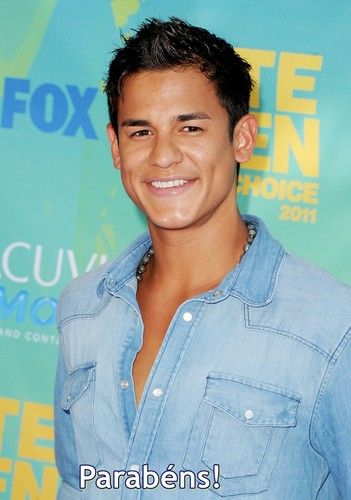 Bronson+Pelletier+2011+Teen+Choice+Awards+dGMzgmCW