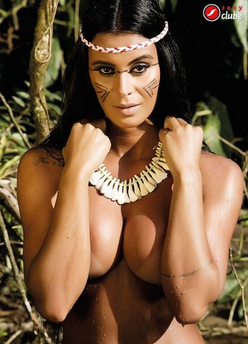Lorena Bueri 36