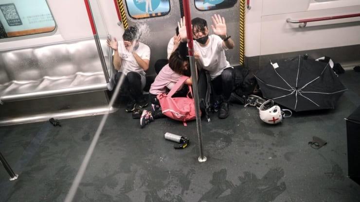 106106644-1567318333172hongkongprotestsap_subway.j