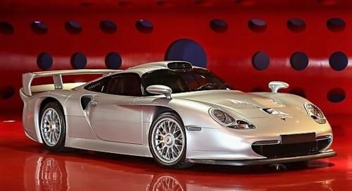 Porsche-Carrera-GT1-Strassenversion.jpg