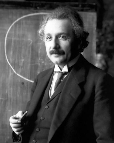Albert Einstein_1921_portrait