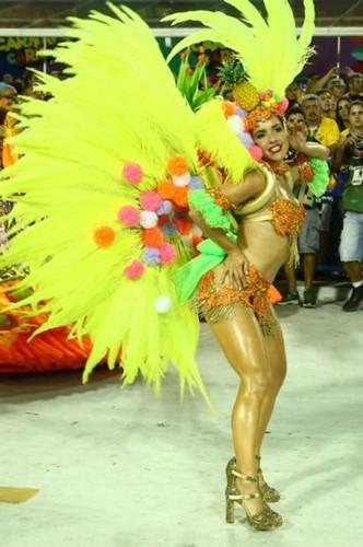 Monique Alfradique (Carnaval Rio 2018).jpg