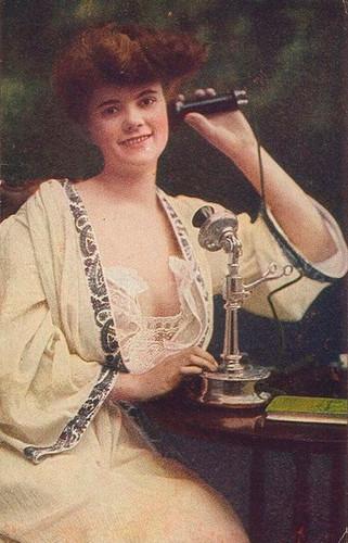 transatlantic phone call 1927.jpg