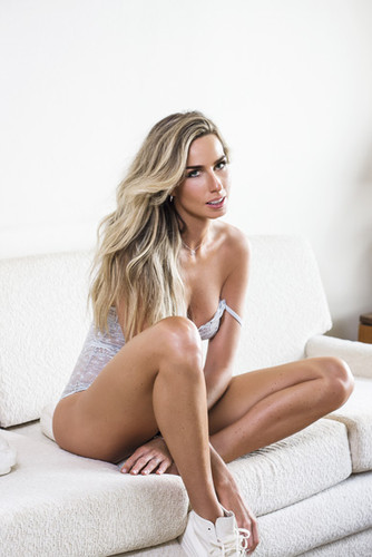 Mariana Weickert 5