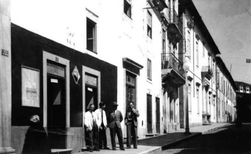Alta de Coimbra. Rua Larga.jpg
