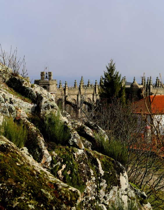 Catedral entre as rochas - HS.jpg