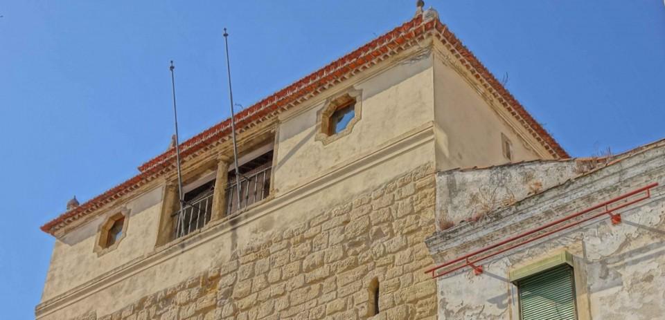 Torre de Almedina. Casa da Câmara durante século