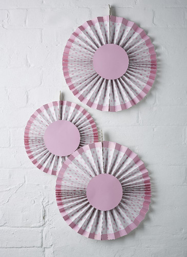 LM-310 Pink Spotty Hanging Decorations (2).jpg