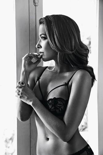 Renata Dominguez 2