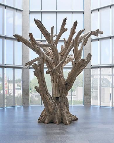 tree scupture.jpg