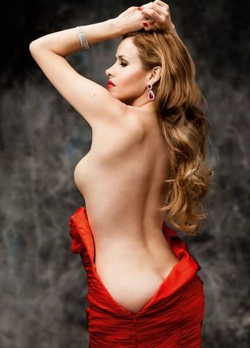 Leona Cavalli 2
