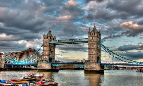 2 - the Tower Bridge - Londres.jpg