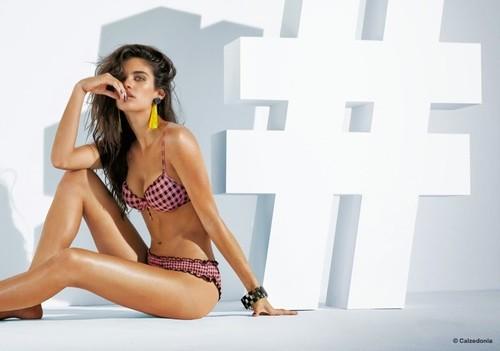sara-sampaio-calzedonia-bikinis-5.jpg