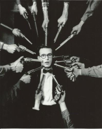 Haroldlloyd, Harold Loyd, Guns.jpg
