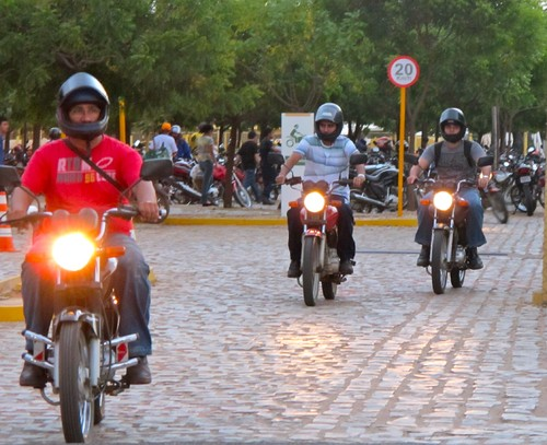 motocas.jpg