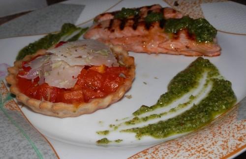 salmão com molho pesto.jpg