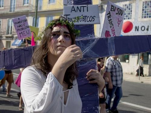 Júlia Pereira marcha LGBT.jpg