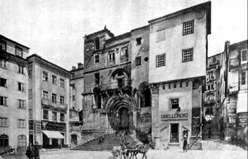 A igreja de Sant'Iago antes das obras de restaur