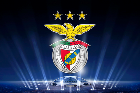 benfica_logo_clube_sobre_champions.png