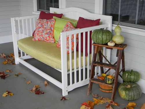 porch daybed 006.JPG