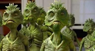 Neighbors-green-aliens.jpg